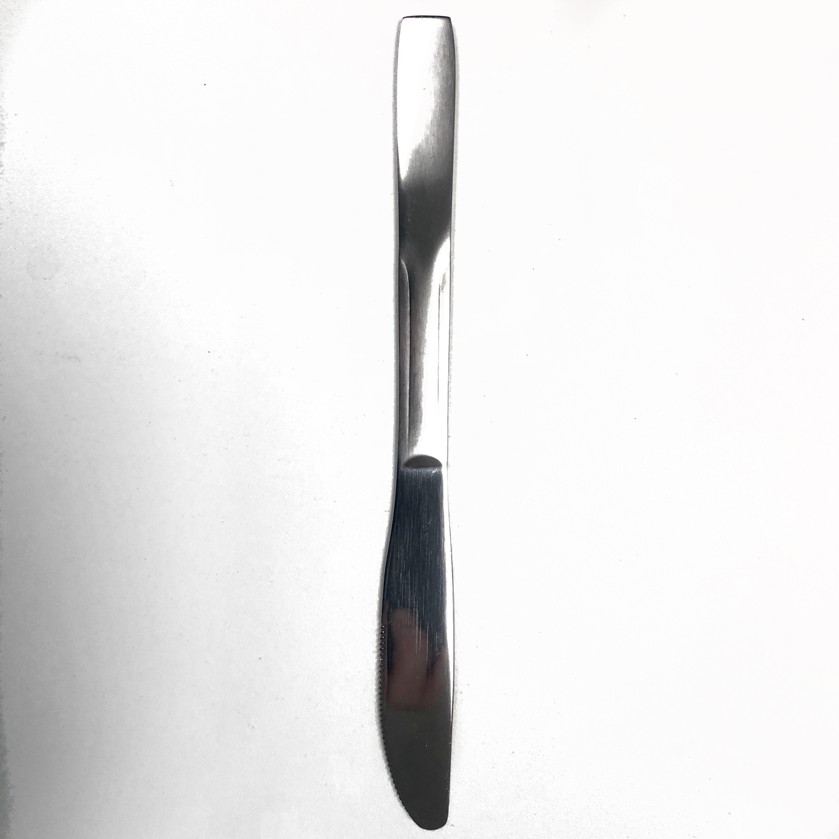 Manhattan Dinner Knife